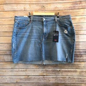 Levi's Plus Deconstructed Gateway Skirt Size 24W